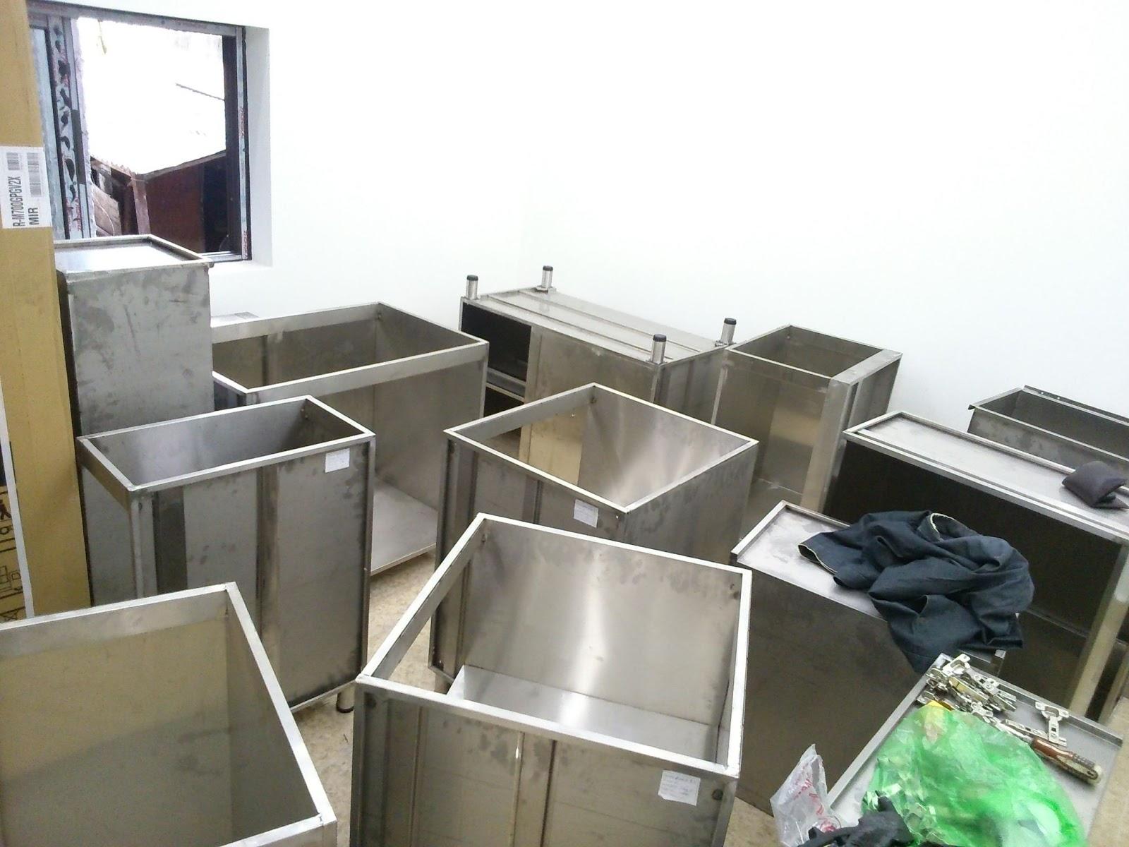 hạn chế của tủ bếp Inox 3
